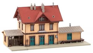 Faller 212122 Вокзал Ochsenhausen 1/87 Faller_212122.jpg