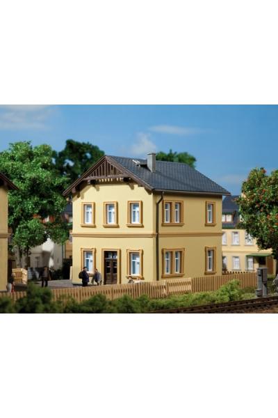 Auhagen 11349 Жилой дом для служащих 1/87