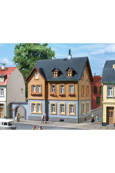 Auhagen 12258 Заводской жилой дом Н0/ТТ