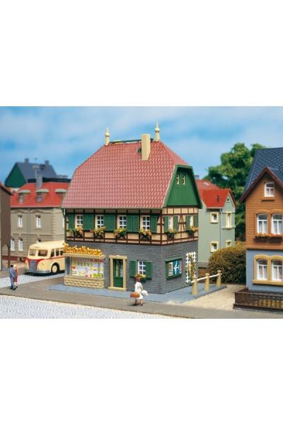 Auhagen 12347 Жилой дом с магазином Н0/ТТ