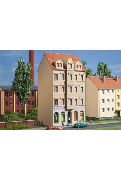 Auhagen 14477 Жилой дом Ringstrasse 3 68 x 47 x 121 mm 1/160