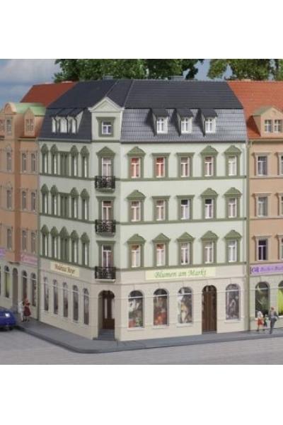Auhagen 14478 Жилой дом угловой 75° 90° 105° 110 x 83 x 123 mm 1/160
