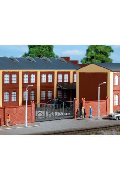 Auhagen 41622 Ворота с забором для фабрики 1/87