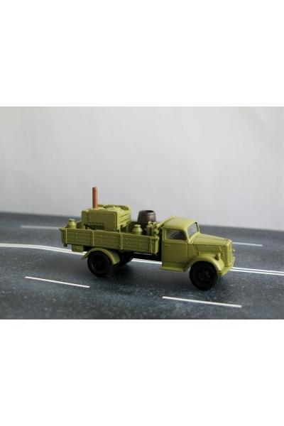 Auto 221052 Автомобиль WW II 1/87