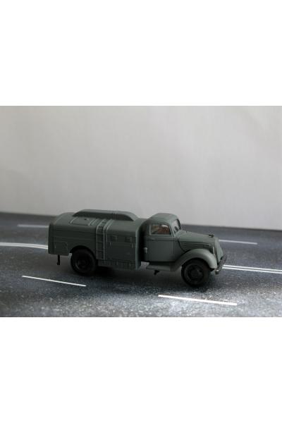 Auto 221073 Автомобиль WW II 1/87