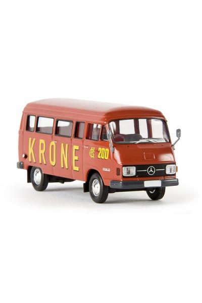Brekina 13258 Автомобиль MB L 206 D 200 Circus Krone 1/87