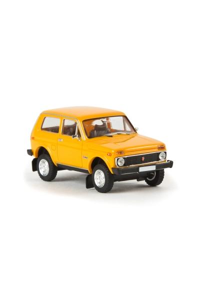 Brekina 27210 Автомобиль Lada Niva ВАЗ 2121 цвет жёлтый 1/87
