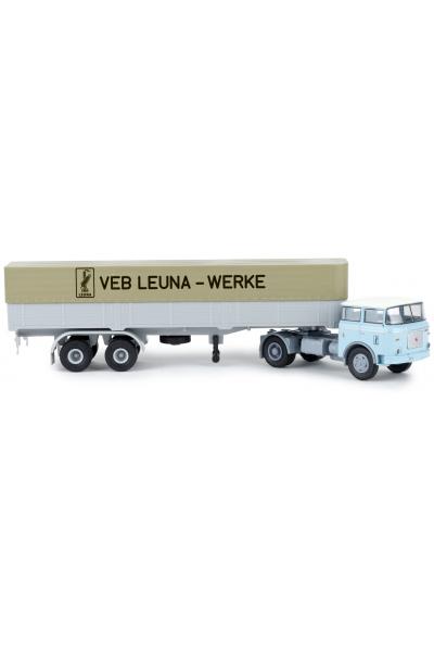 Brekina 71815 Автомобиль LIAZ 706 Leuna Werke Pritschen-SZ 1/87