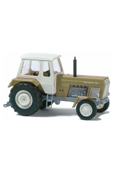 Busch 8701 Автомобиль Traktor 1/120