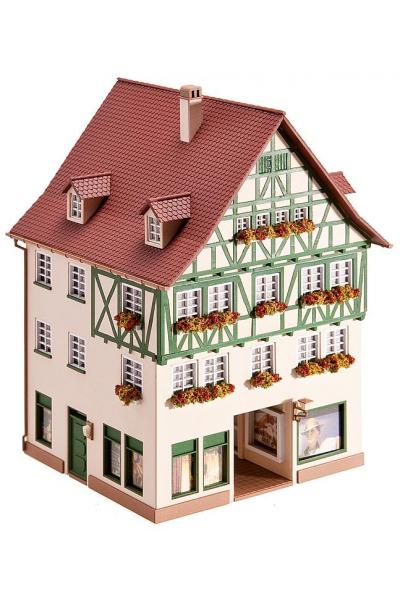 Faller 130492 Жилой дом с магазином 1/87