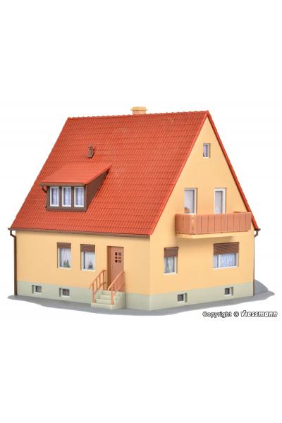 Kibri 38182 Сельский дом 1/87