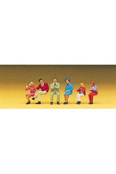 Preiser 10096 Люди сидячие 1/87